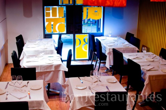 Restaurante cullera de boix barcelona tel 931 768 964 for Restaurante cullera de boix
