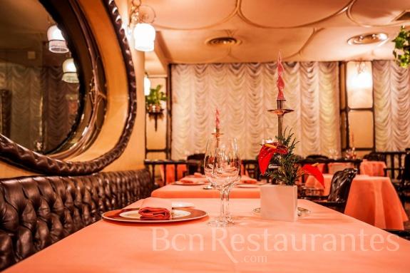 Restaurante via veneto barcelona for Complementi d arredo via veneto