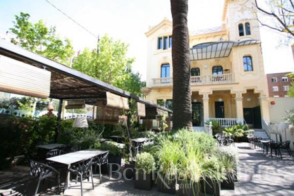 Restaurante dos torres barcelona tel 931 751 438 for Lavadero terraza
