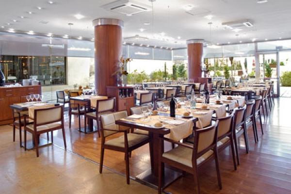 Restaurante L Illa De Rosselló Barcelona