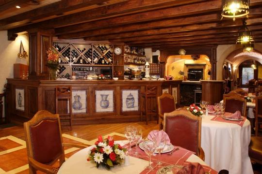 Fotos del restaurante asador de aranda pau claris barcelona - Restaurante al punt barcelona ...